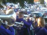 Alumni Band plays for tailgaters in SE parking lot.