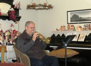"Glenn Ledbetter plays ""Mele Kalikimaka"" on his Super Olds Cornet (1954)"