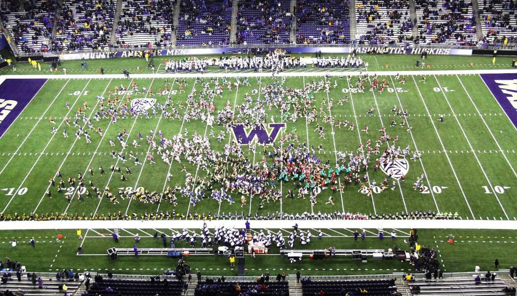 High School Cheerleaders Day, UW Husky Stadium, 11-9-'13
