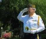 Hand salute, Glenn Ledbetter
